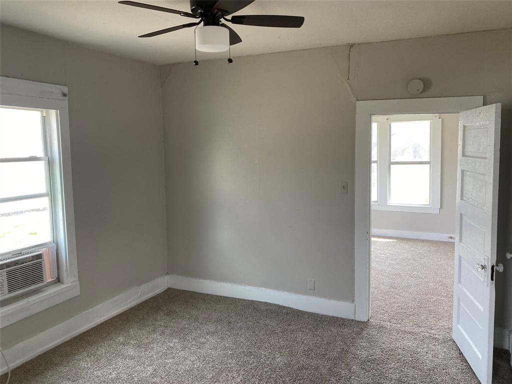 2102 Avenue B Brownwood, Texas 76801 - acquisto real estate best the colony realtor linda miller the bridges real estate