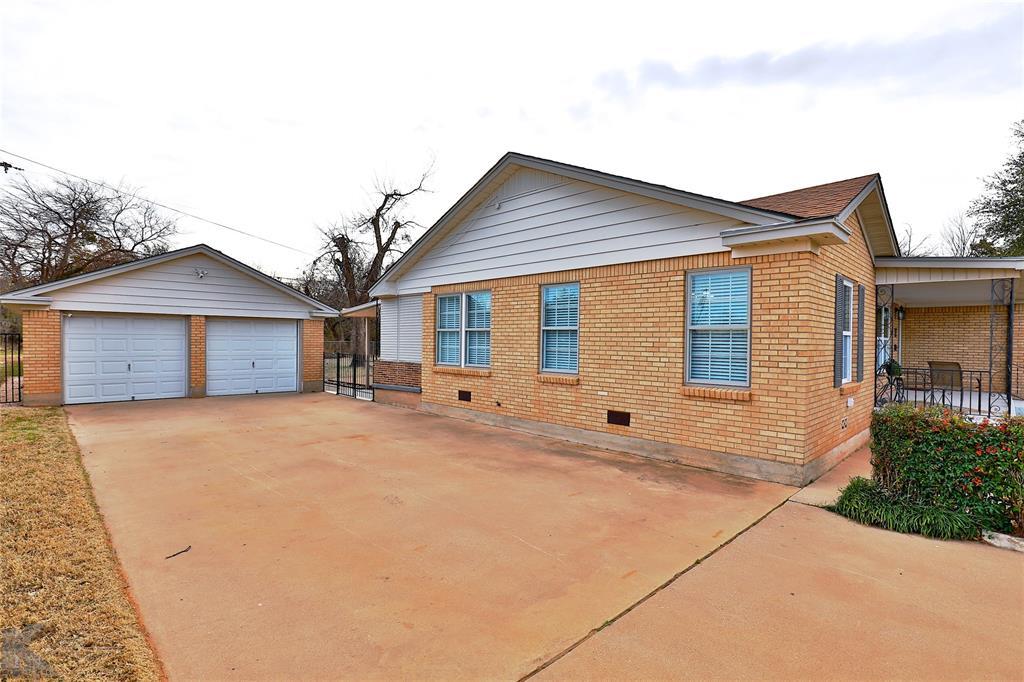 749 Leggett Drive, Abilene, Texas 79605 - acquisto real estate best prosper realtor susan cancemi windfarms realtor