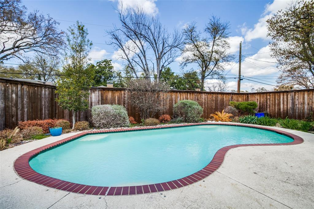 3139 Whirlaway Road, Dallas, Texas 75229 - acquisto real estate best plano real estate agent mike shepherd