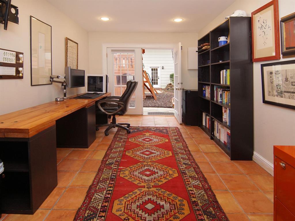 4604 Harley Avenue, Fort Worth, Texas 76107 - acquisto real estate best negotiating realtor linda miller declutter realtor