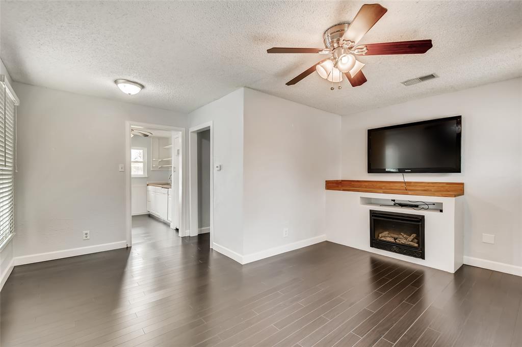 5025 Royal Drive, Fort Worth, Texas 76116 - acquisto real estate best celina realtor logan lawrence best dressed realtor
