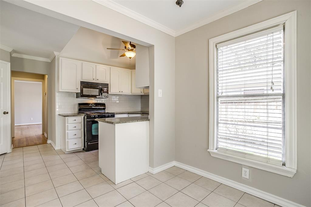 2939 6th Avenue, Fort Worth, Texas 76110 - acquisto real estate best investor home specialist mike shepherd relocation expert