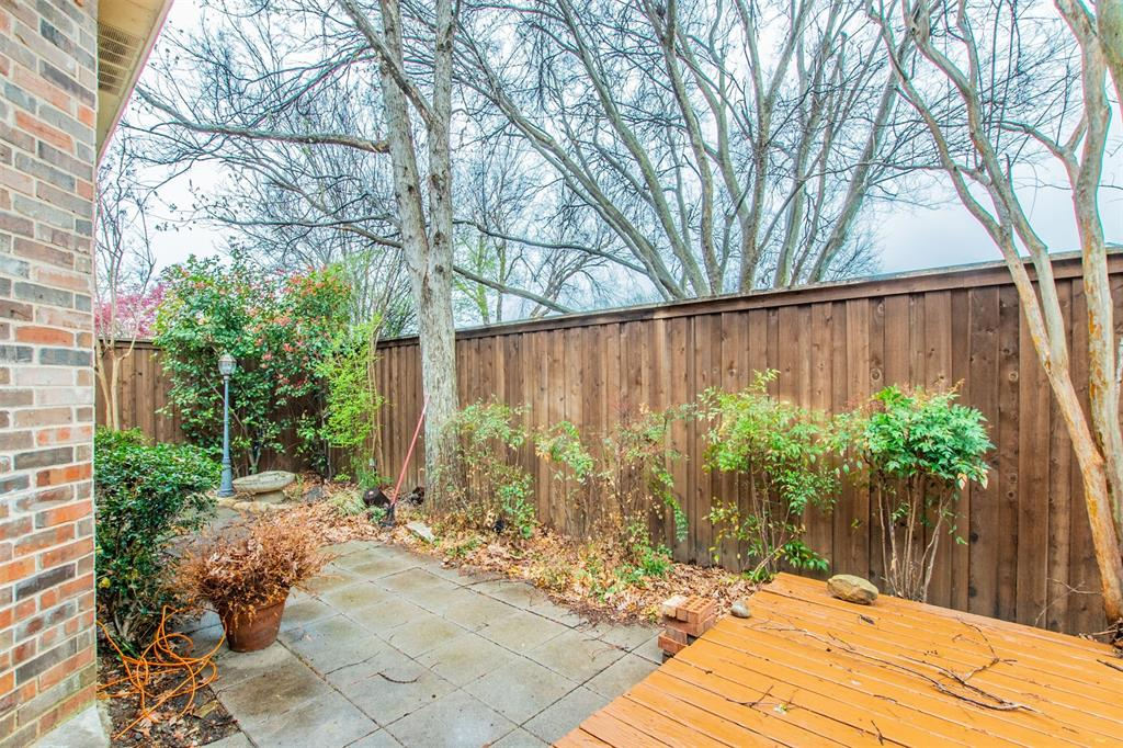 1112 Ellison Park  Circle, Denton, Texas 76205 - acquisto real estate mvp award real estate logan lawrence