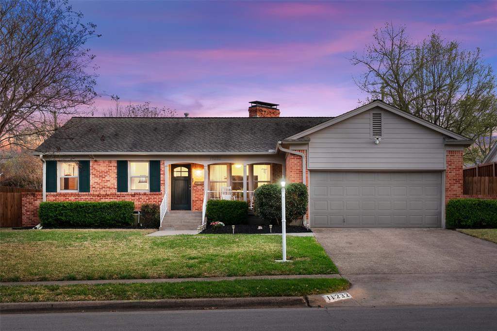 11232 Lanewood Circle, Dallas, Texas 75218 - acquisto real estate best flower mound realtor jody daley lake highalands agent of the year