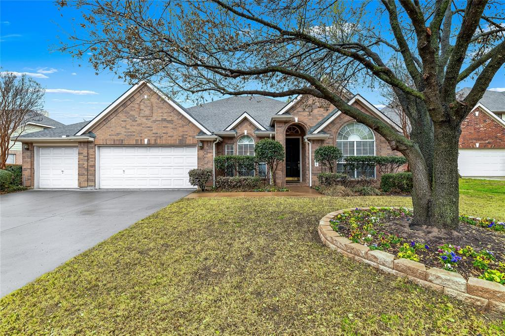 2117 Woodview Drive, Flower Mound, Texas 75028 - Acquisto Real Estate best plano realtor mike Shepherd home owners association expert