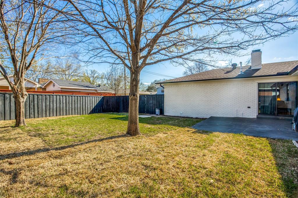 8474 Swift  Avenue, Dallas, Texas 75228 - acquisto real estate best realtor foreclosure real estate mike shepeherd walnut grove realtor