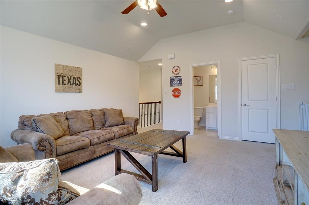 14640 Spitfire Trail, Fort Worth, Texas 76262 - acquisto real estate best plano real estate agent mike shepherd