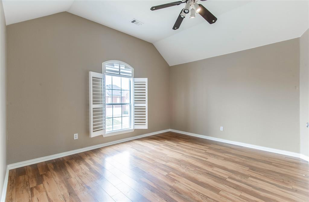 529 Salisbury Drive, Grand Prairie, Texas 75052 - acquisto real estate best realtor dfw jody daley liberty high school realtor