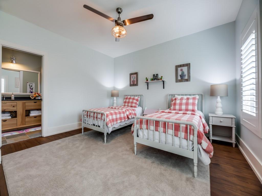7127 Casa Loma Avenue, Dallas, Texas 75214 - acquisto real estate best park cities realtor kim miller best staging agent