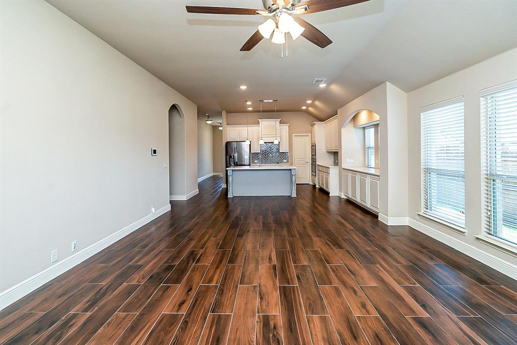 533 Lily  Street, Crowley, Texas 76036 - acquisto real estate best listing agent in the nation shana acquisto estate realtor