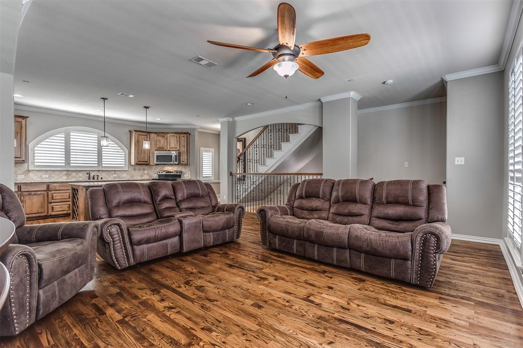 2700 Club Ridge  Drive, Lewisville, Texas 75067 - acquisto real estaet best boutique real estate firm in texas for high net worth sellers