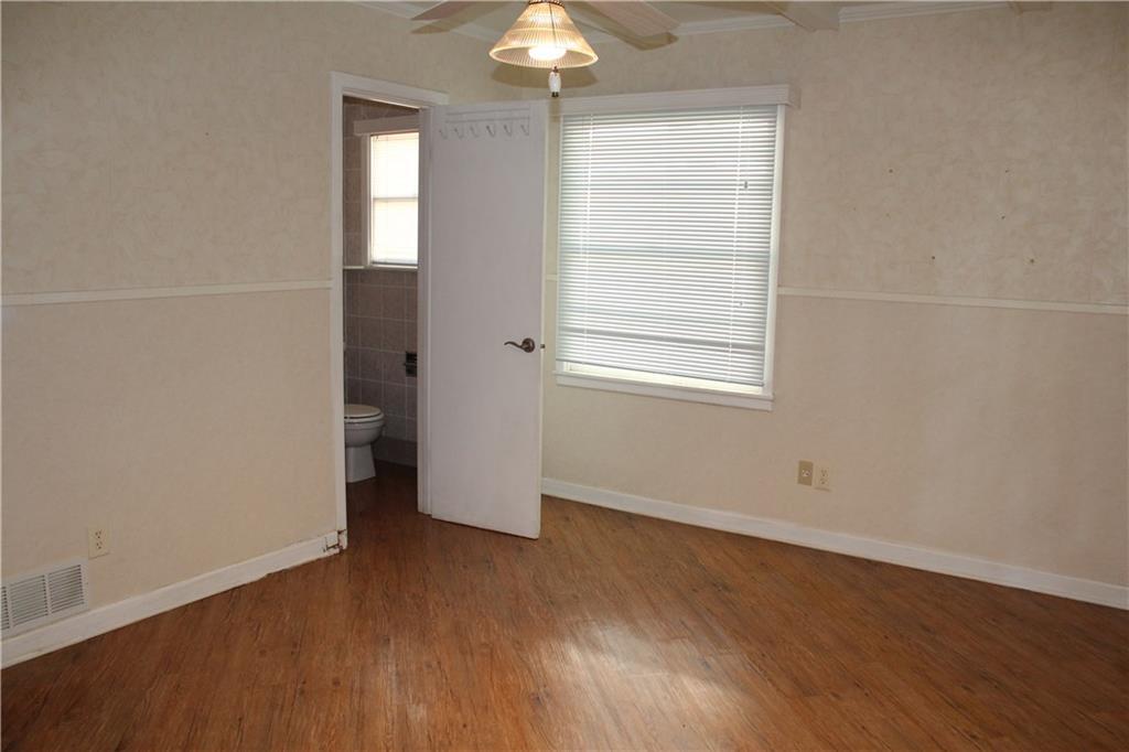 732 Briarwood Lane, Hurst, Texas 76053 - acquisto real estate best new home sales realtor linda miller executor real estate