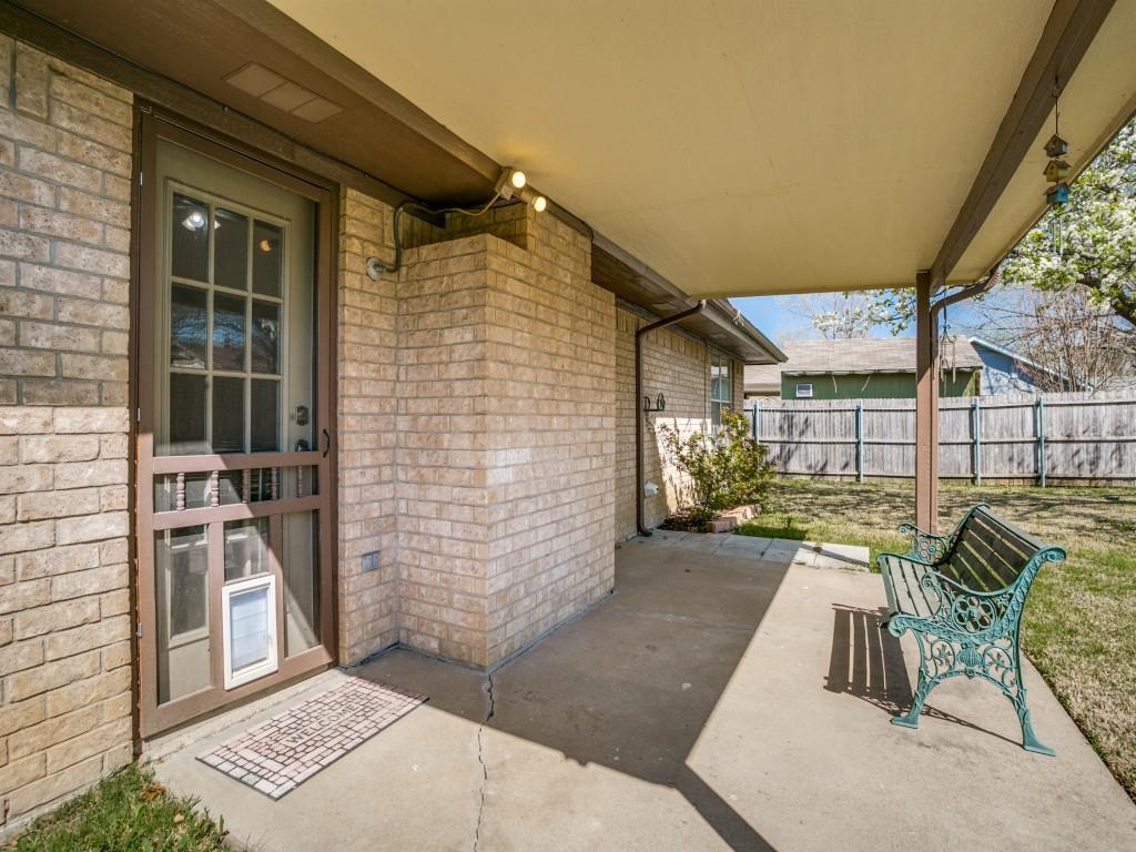 6476 High Lawn Terrace, Watauga, Texas 76148 - acquisto real estate best realtor dallas texas linda miller agent for cultural buyers