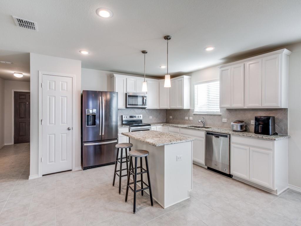 9105 Settlers Peak Road, Fort Worth, Texas 76179 - acquisto real estate best prosper realtor susan cancemi windfarms realtor