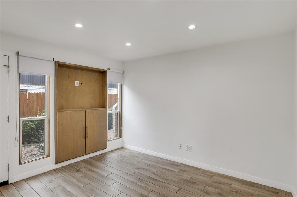 4130 Newton  Avenue, Dallas, Texas 75219 - acquisto real estate best frisco real estate agent amy gasperini panther creek realtor