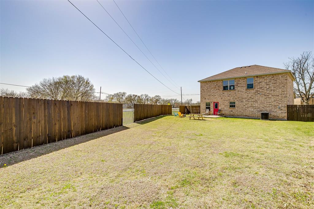500 Links Drive, Godley, Texas 76044 - acquisto real estate agent of the year mike shepherd