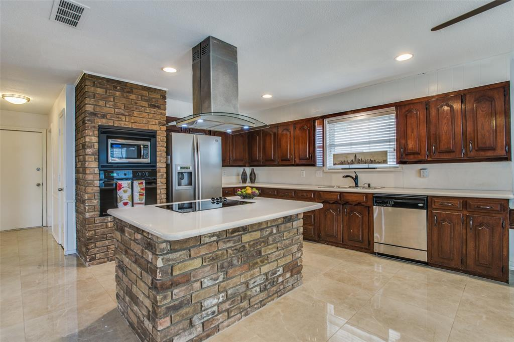 762 Valley Parkway, Lewisville, Texas 75077 - acquisto real estate best listing listing agent in texas shana acquisto rich person realtor