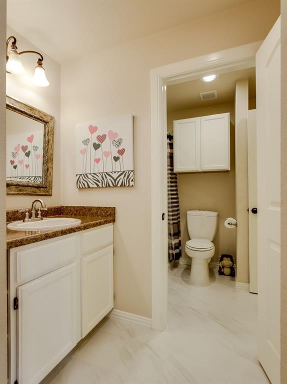 4004 Rothschild  Drive, Flower Mound, Texas 75022 - acquisto real estate best negotiating realtor linda miller declutter realtor