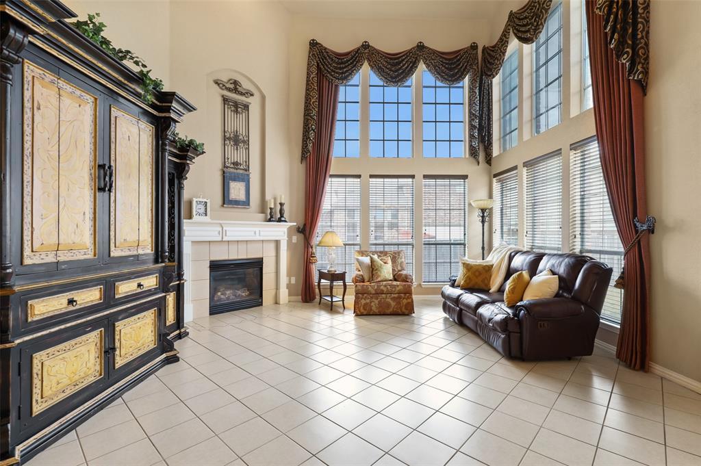 2321 Soaring Star Lane, Frisco, Texas 75036 - acquisto real estate best designer and realtor hannah ewing kind realtor