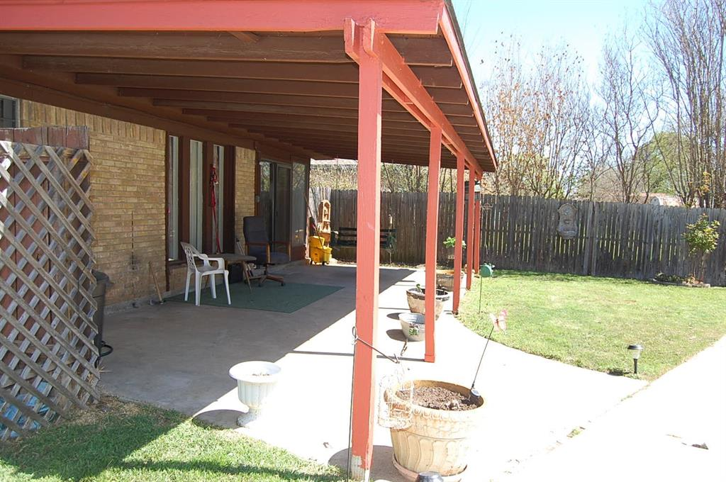 1211 Cindy Lane, Cleburne, Texas 76033 - acquisto real estate best realtor westlake susan cancemi kind realtor of the year
