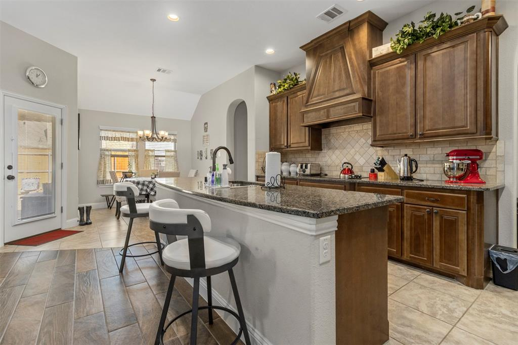 409 Foxtail Court, Waxahachie, Texas 75165 - acquisto real estate best real estate company to work for