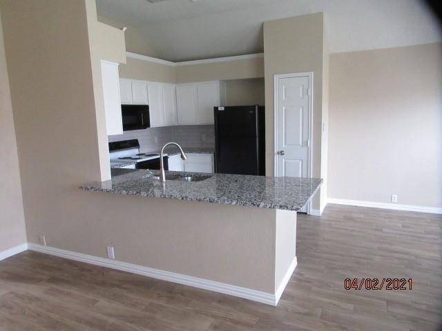 4524 Forsyth Lane, Grand Prairie, Texas 75052 - acquisto real estate best the colony realtor linda miller the bridges real estate