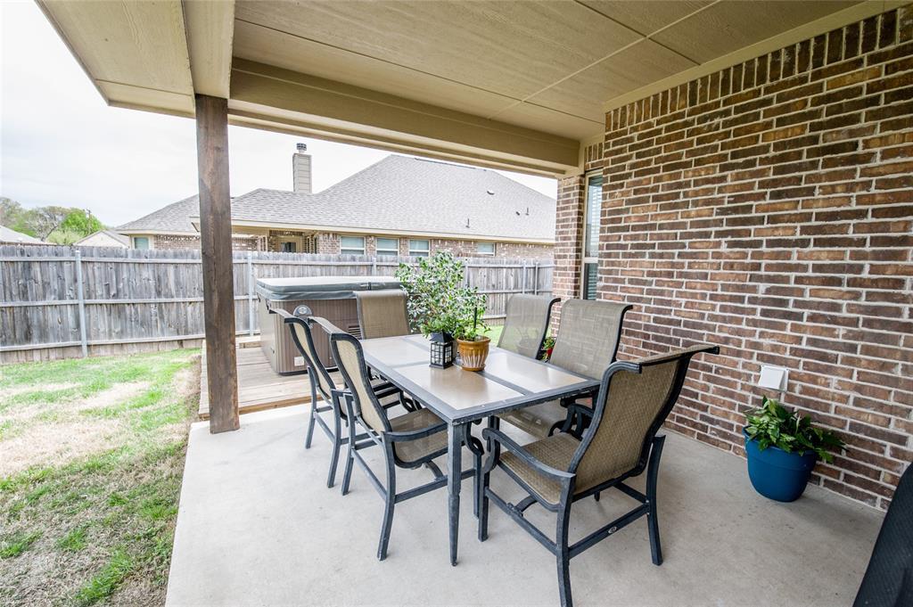 1604 Pacific Avenue, Ennis, Texas 75119 - acquisto real estate smartest realtor in america shana acquisto