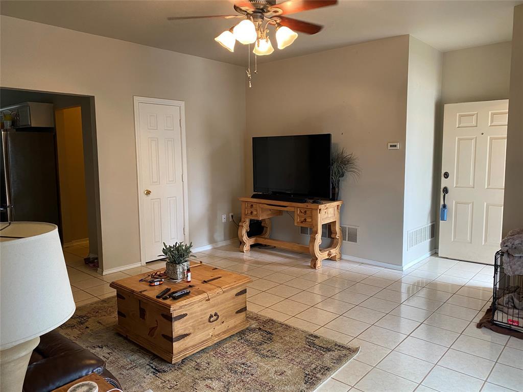 317 Texas  Drive, Lake Dallas, Texas 75065 - acquisto real estate best prosper realtor susan cancemi windfarms realtor