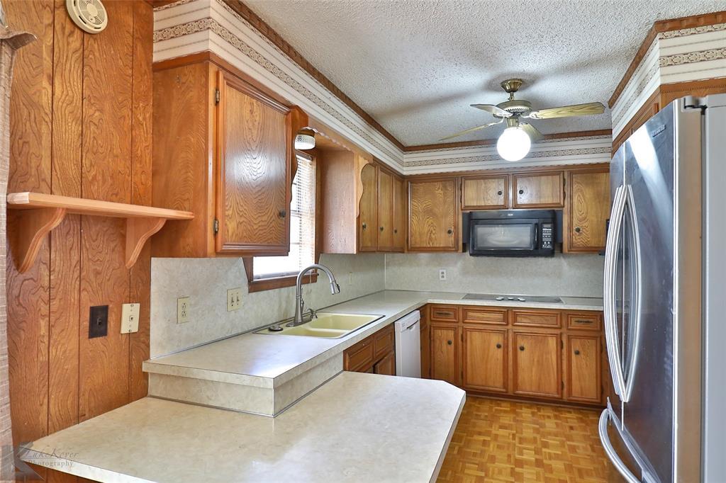 2909 21st  Street, Abilene, Texas 79605 - acquisto real estate best photo company frisco 3d listings