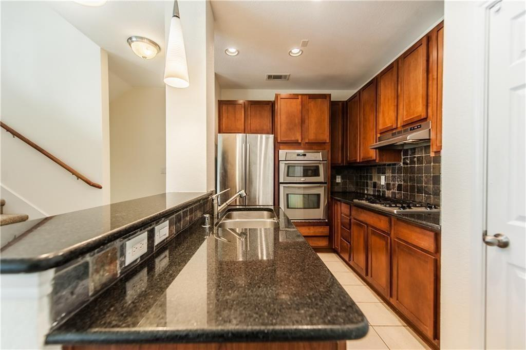 2012 Azure Pointe  Richardson, Texas 75080 - acquisto real estate best real estate company to work for