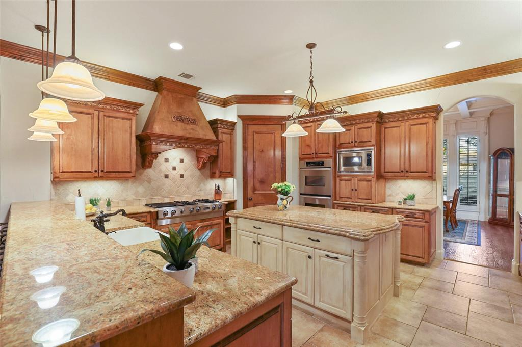 6111 Mustang Trail, Colleyville, Texas 76034 - acquisto real estate best celina realtor logan lawrence best dressed realtor