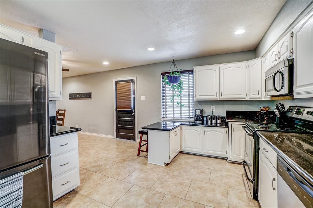 8172 Hunnicut Road, Dallas, Texas 75228 - acquisto real estate best prosper realtor susan cancemi windfarms realtor