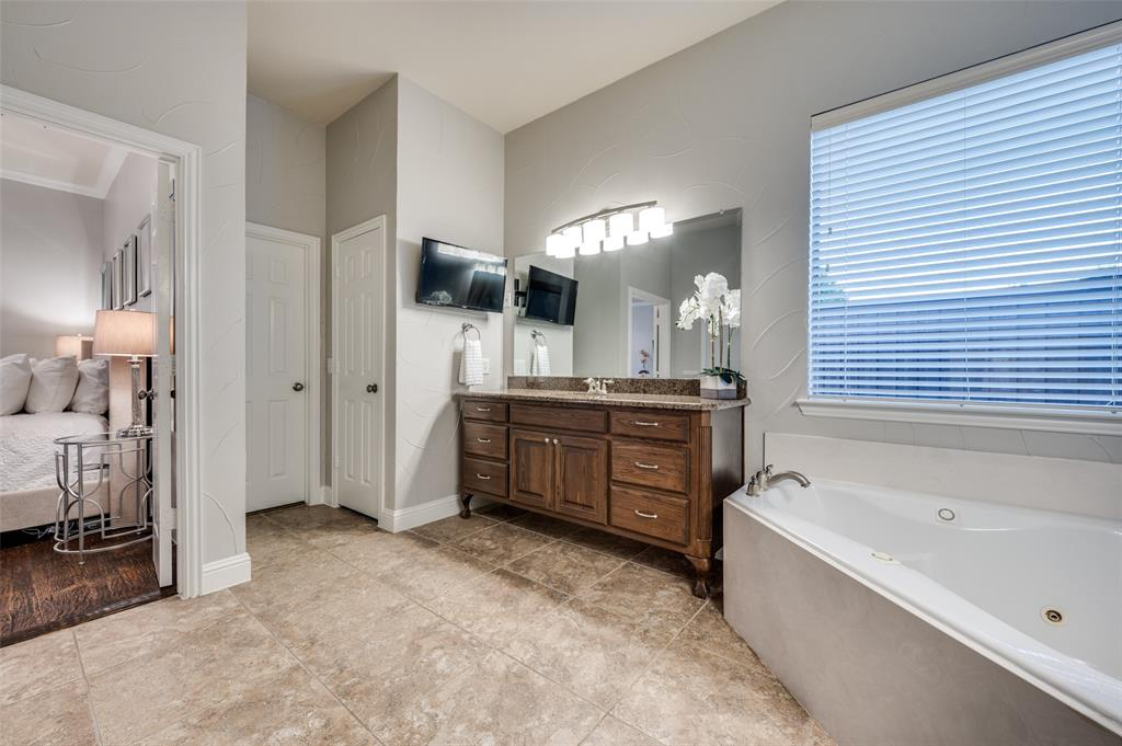 11539 Clairmont Court, Frisco, Texas 75035 - acquisto real estate best frisco real estate broker in texas for high net worth buyers
