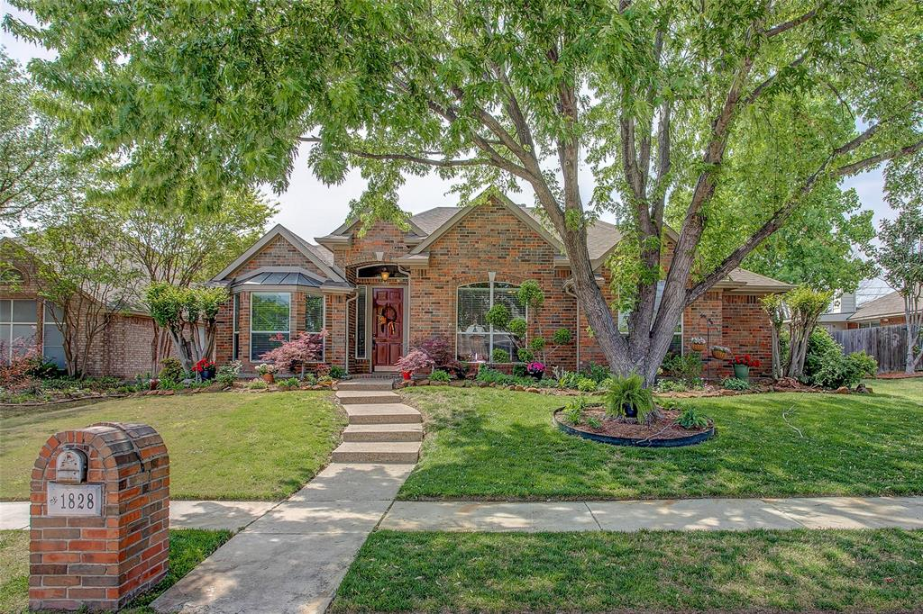 1828 Lacey Oak  Lane, Keller, Texas 76248 - Acquisto Real Estate best plano realtor mike Shepherd home owners association expert