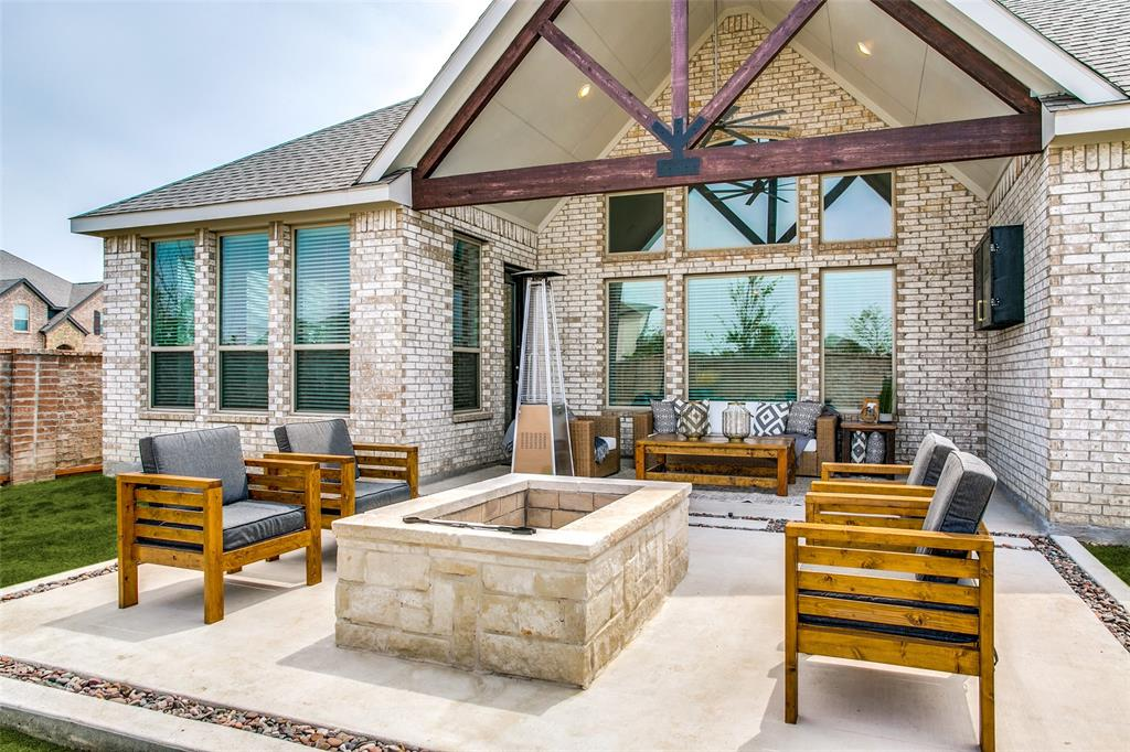 1704 Bellinger  Drive, Fort Worth, Texas 76052 - acquisto real estate agent of the year mike shepherd