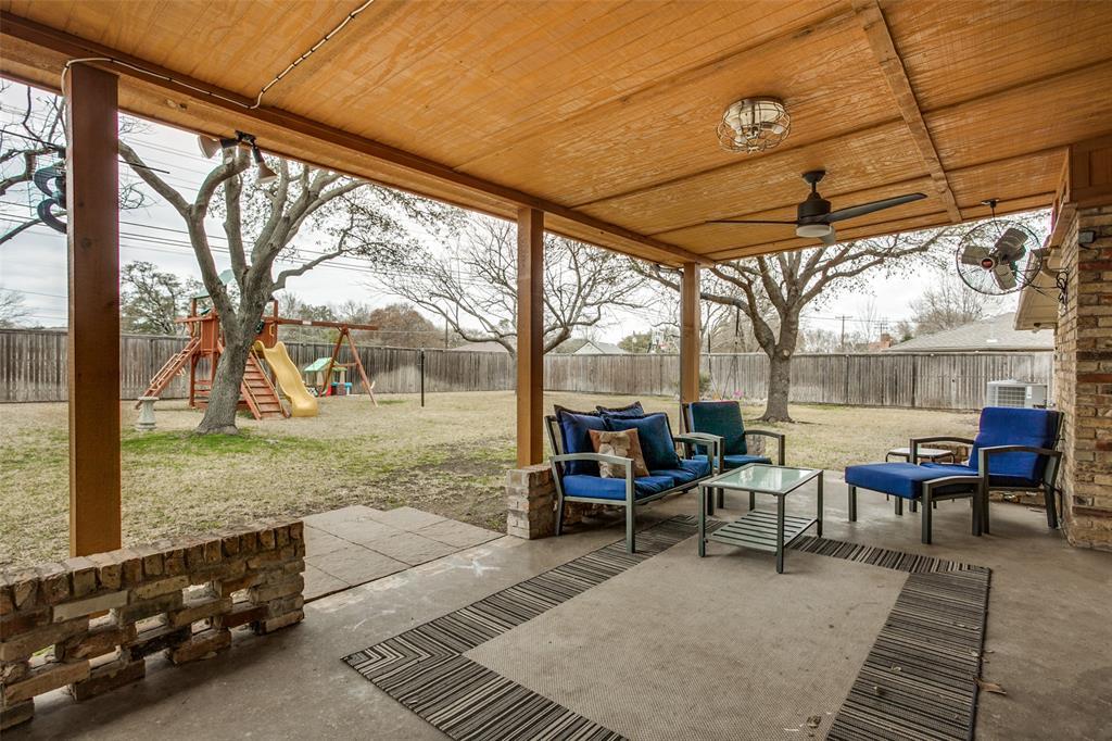 3747 Townsend Drive, Dallas, Texas 75229 - acquisto real estate best photos for luxury listings amy gasperini quick sale real estate