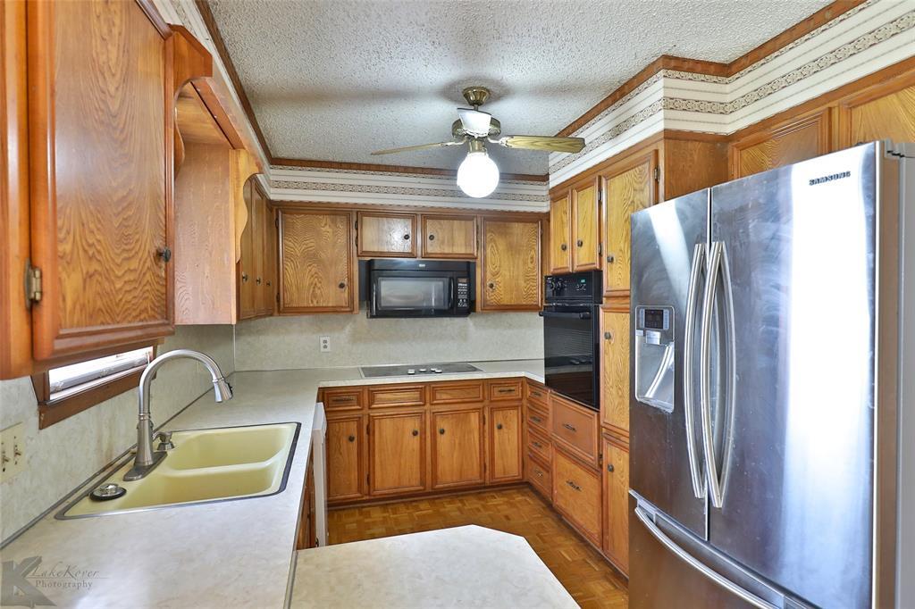 2909 21st  Street, Abilene, Texas 79605 - acquisto real estate best negotiating realtor linda miller declutter realtor