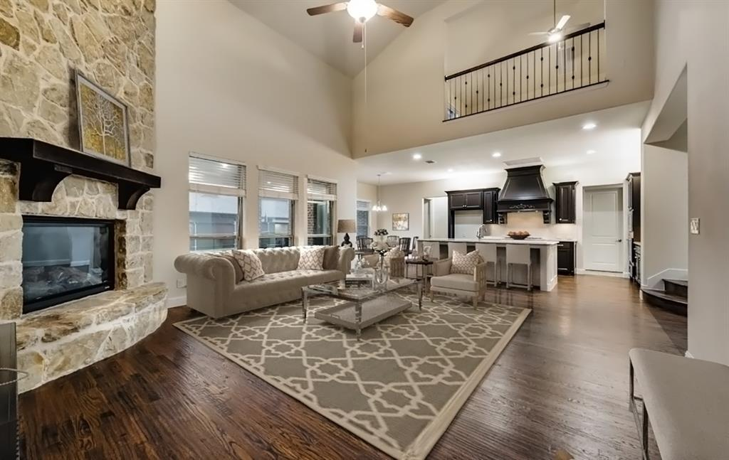 1024 Holston Hills  Trail, Roanoke, Texas 76262 - acquisto real estate best real estate company to work for