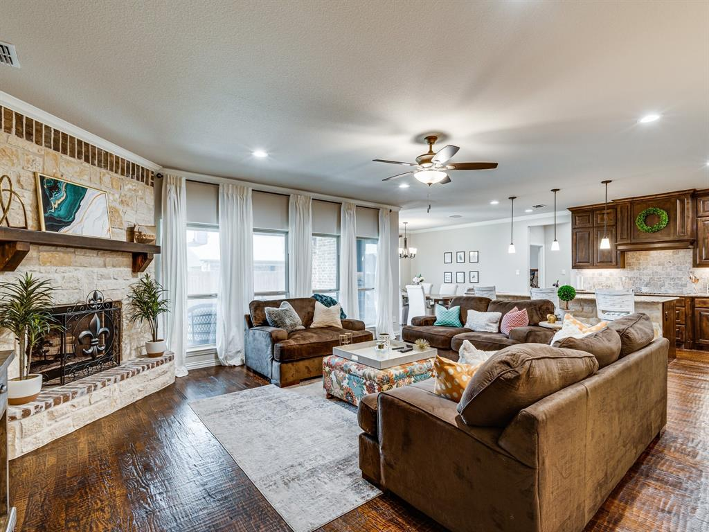 104 Piper  Parkway, Waxahachie, Texas 75165 - acquisto real estate best real estate company to work for