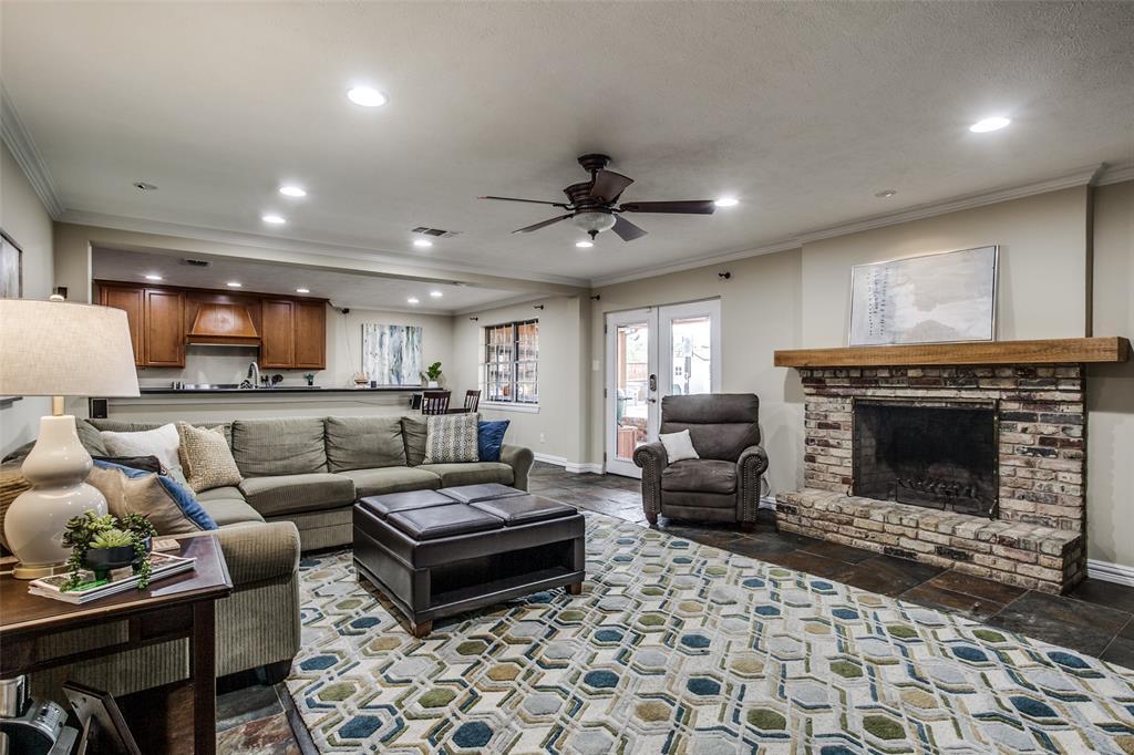 3747 Townsend Drive, Dallas, Texas 75229 - acquisto real estate best prosper realtor susan cancemi windfarms realtor