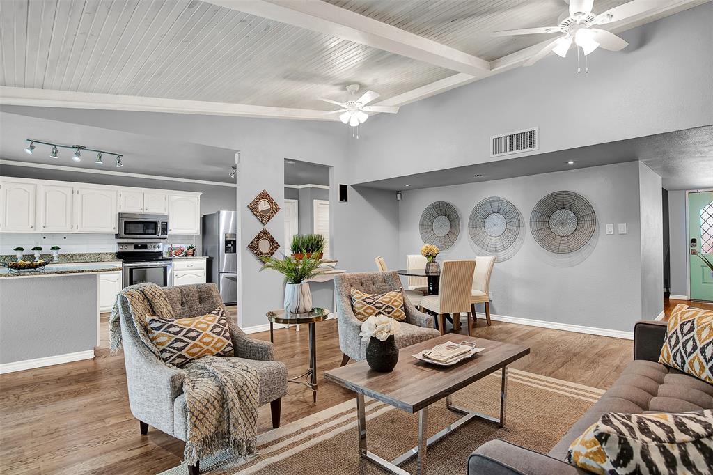 2108 Newcombe Drive, Plano, Texas 75093 - acquisto real estate best prosper realtor susan cancemi windfarms realtor