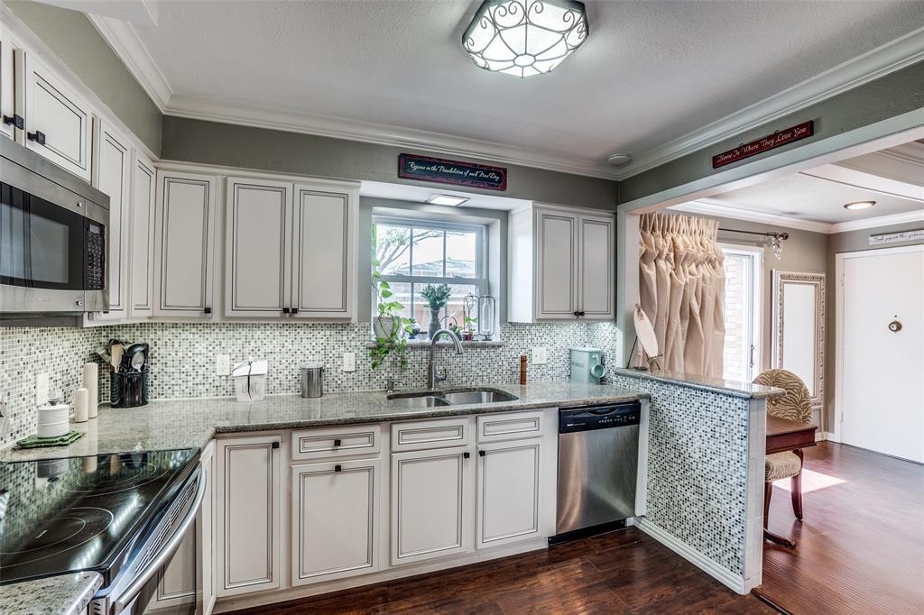 7906 Royal Lane, Dallas, Texas 75230 - acquisto real estate best celina realtor logan lawrence best dressed realtor