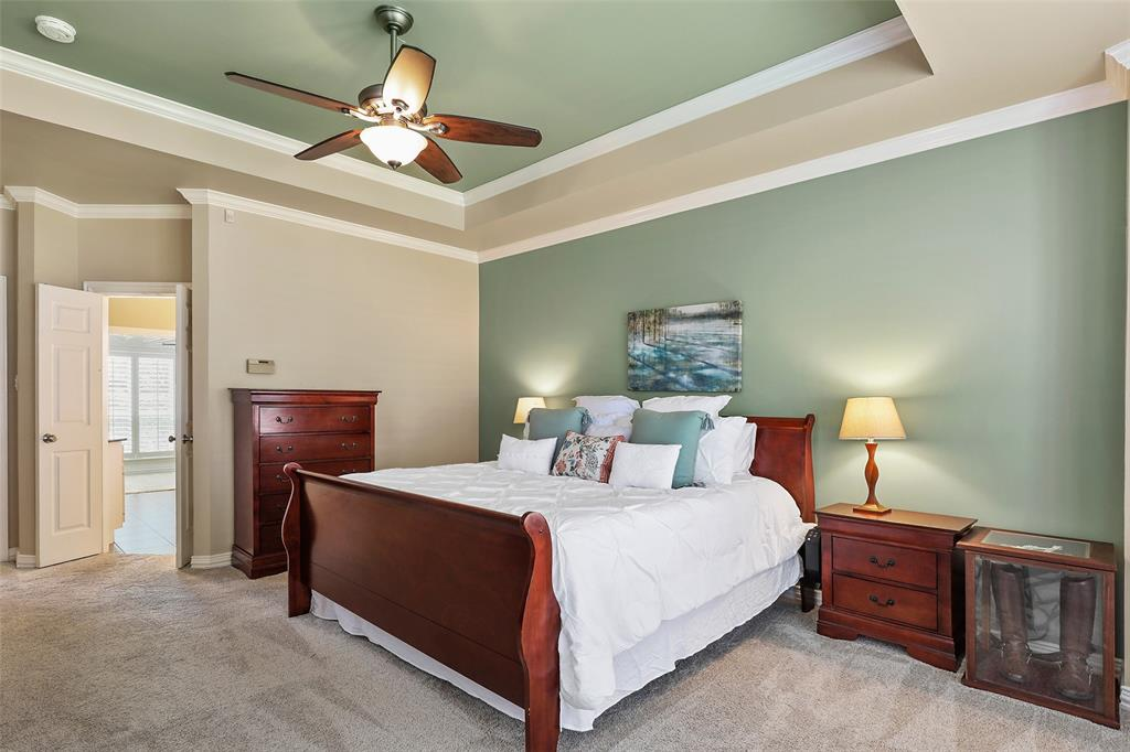 3828 Peppertree  Drive, Carrollton, Texas 75007 - acquisto real estate best new home sales realtor linda miller executor real estate