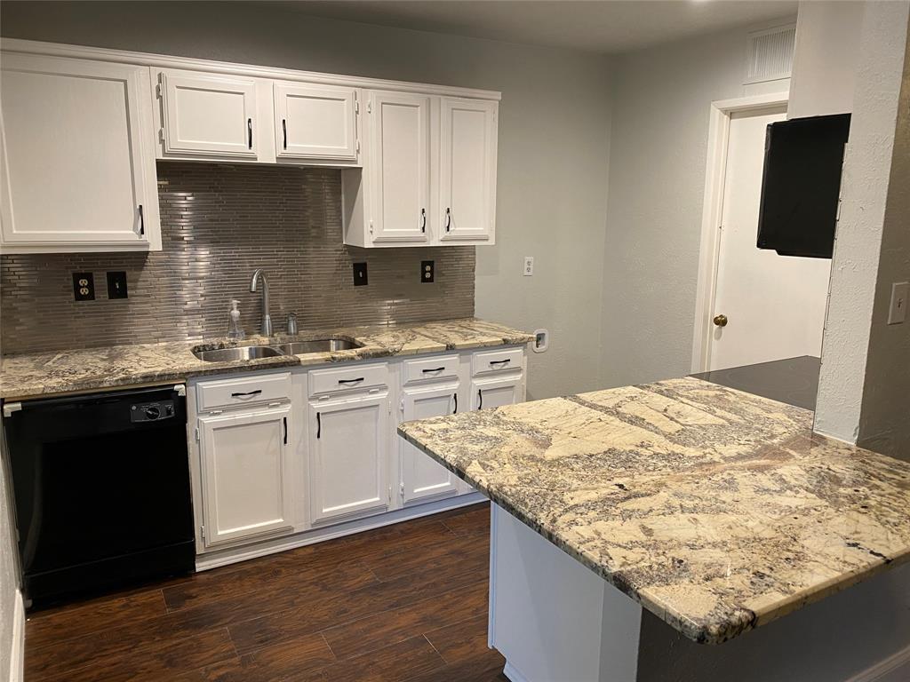 500 Willow Oak  Drive, Allen, Texas 75002 - acquisto real estate best new home sales realtor linda miller executor real estate
