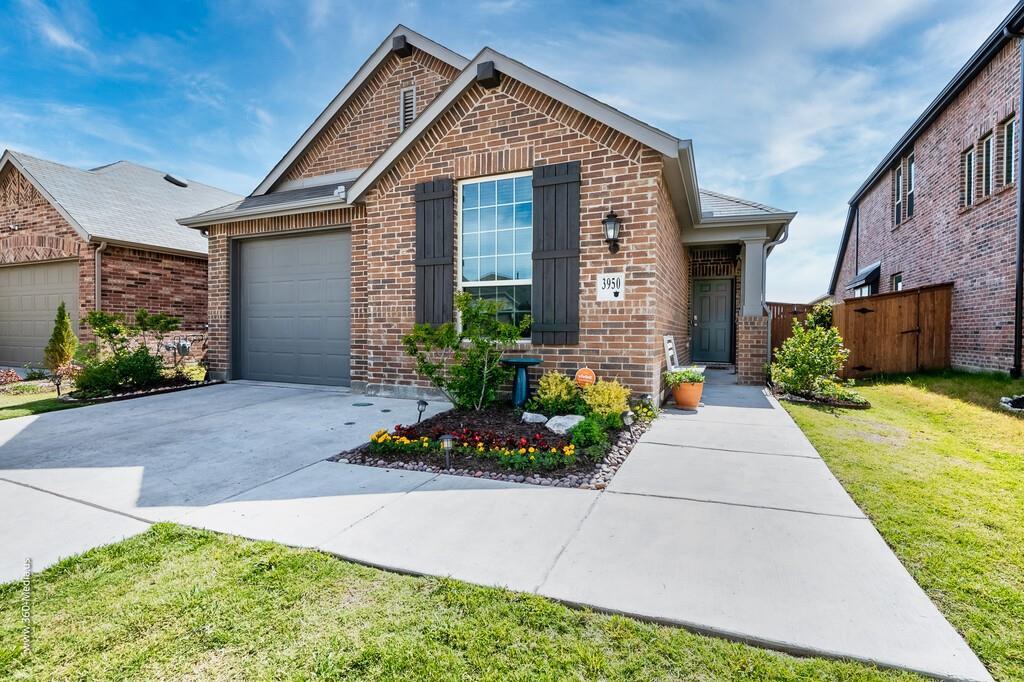 3950 Chesapeake  Lane, Heartland, Texas 75126 - Acquisto Real Estate best plano realtor mike Shepherd home owners association expert