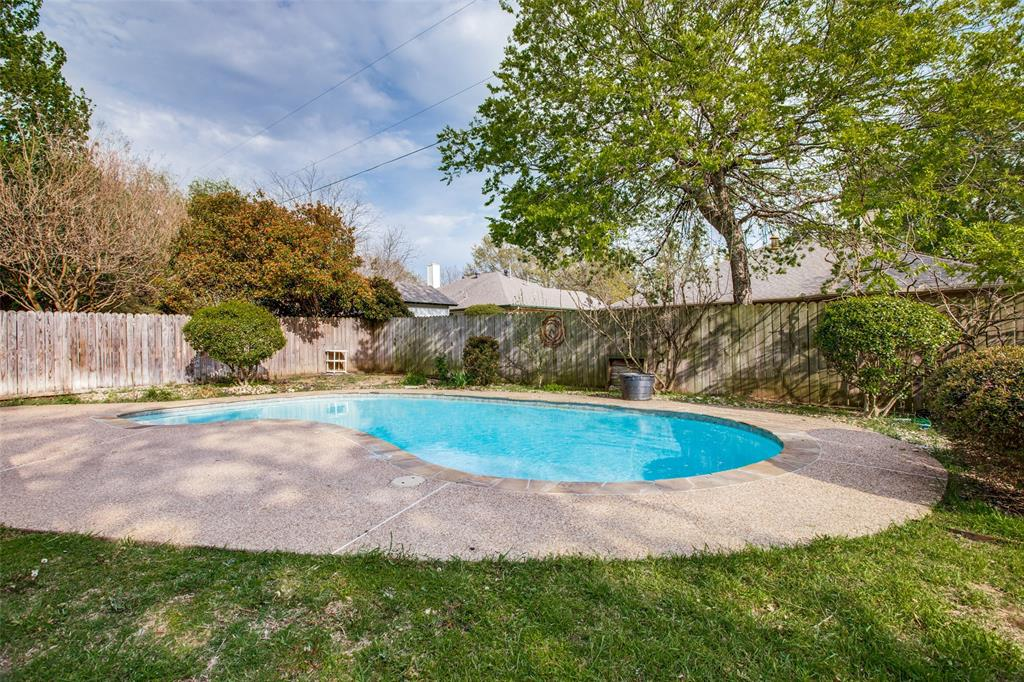 1305 Belvon Place, Cleburne, Texas 76033 - acquisto real estate best realtor dfw jody daley liberty high school realtor