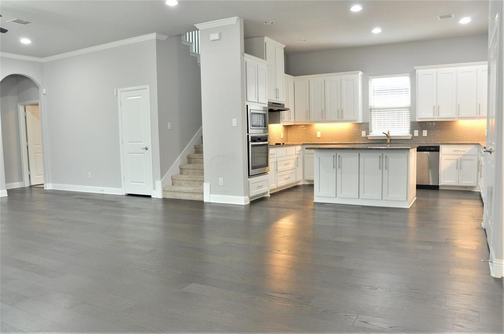 2606 Kuykendall Drive, Arlington, Texas 76001 - acquisto real estate best celina realtor logan lawrence best dressed realtor