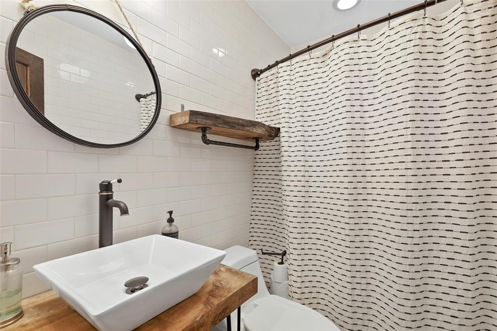1347 Acapulco  Drive, Dallas, Texas 75232 - acquisto real estate best negotiating realtor linda miller declutter realtor