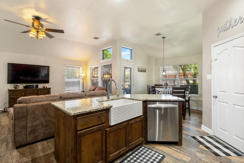 4536 Rustic Ridge  Court, The Colony, Texas 75056 - acquisto real estate best new home sales realtor linda miller executor real estate