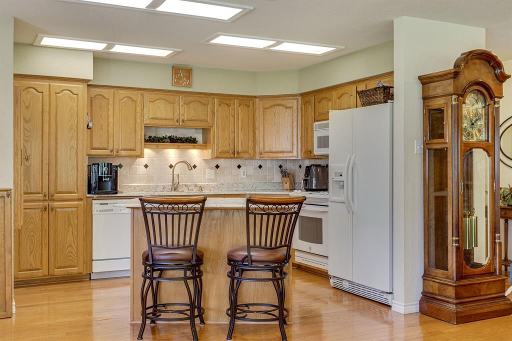 1649 White Bluff  Drive, Whitney, Texas 76692 - acquisto real estate best luxury buyers agent in texas shana acquisto inheritance realtor